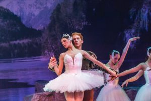 Swan Lake, Odette and Prince
